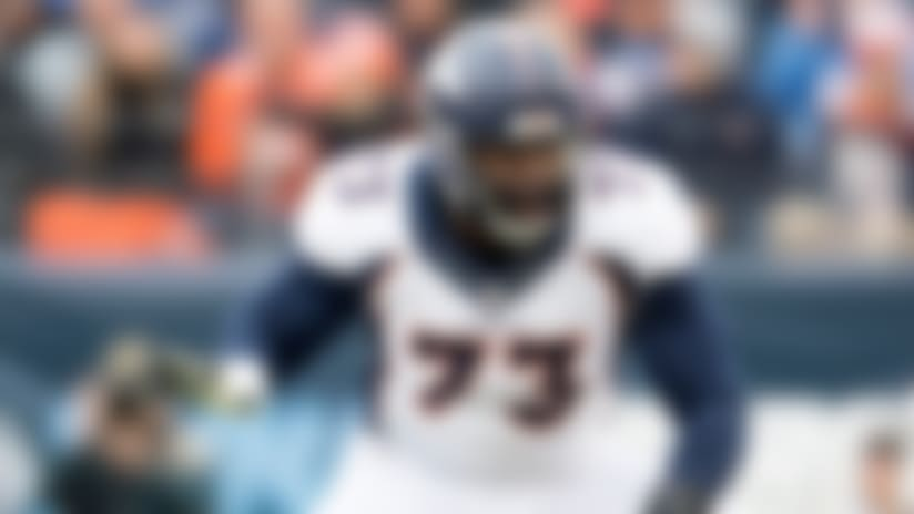 Chargers beat out Vikings to land Russell Okung