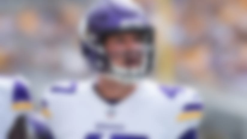 Rapoport: Minnesota Vikings long snapper Kevin McDermott played vs. Rams with part of finger cut off