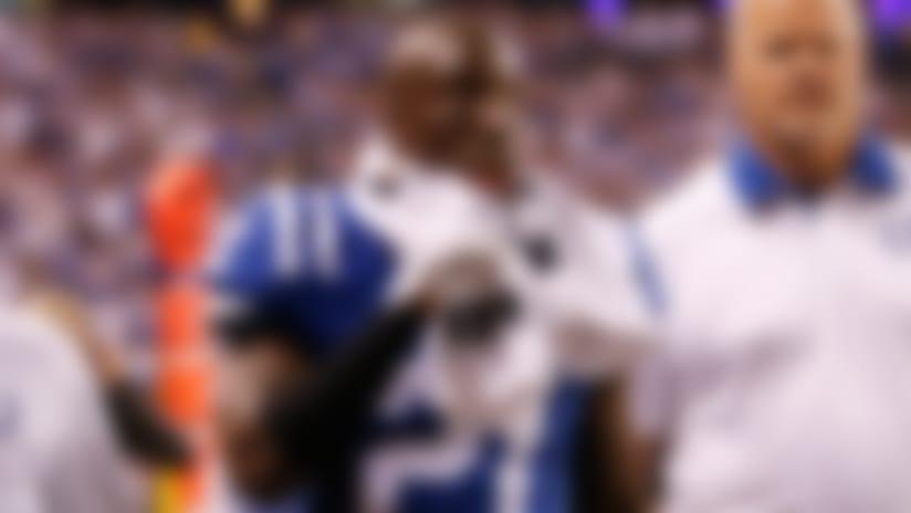Colts lose Vontae Davis, Dwayne Allen to injuries