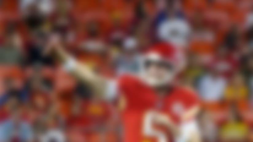 McGloin AIRS OUT 62-yard pass to Byron Pringle
