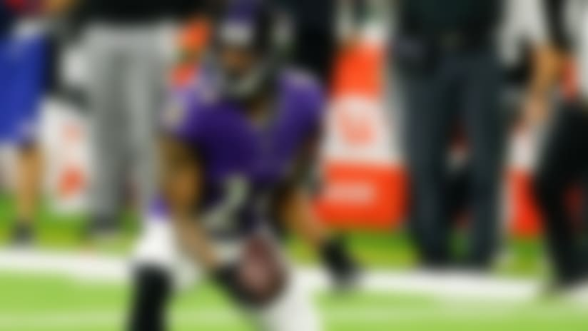 Can't-Miss Play: Marcus Peters reads Deshaun Watson's throw for diving INT