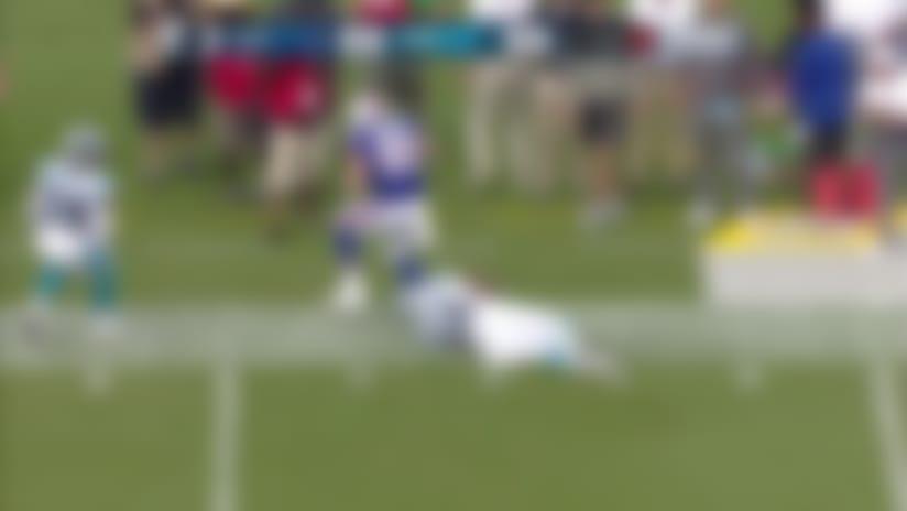 Bucket toss! Josh Allen's touch is perfect on 22-yard lob