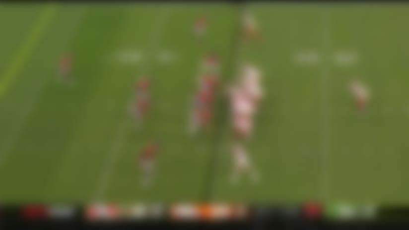 Broncos DE pancakes 49ers RB en route to sack