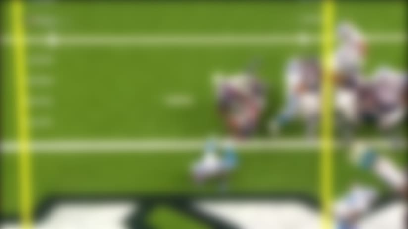 Mark Thompson sidesteps into end zone to cut Texans' lead