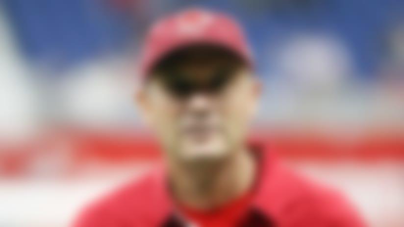 Feb 17, 2019; San Antonio, TX, USA; San Antonio Commanders head coach Mike Riley looks on before the game against the Orlando Apollos at The Alamodome. Mandatory Credit: Soobum Im-USA TODAY Sports