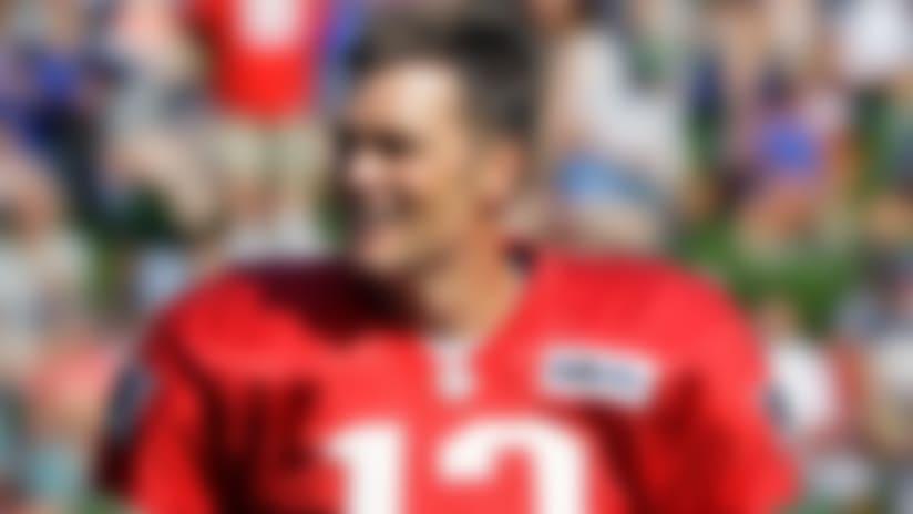Tom Brady jokes 'should we take a poll?' on new deal