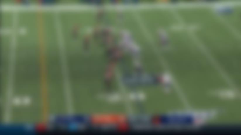 Carlos Dunlap envelops Tom Brady for massive third-down sack