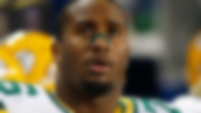 Stunner! Packers parting ways with Mike Daniels