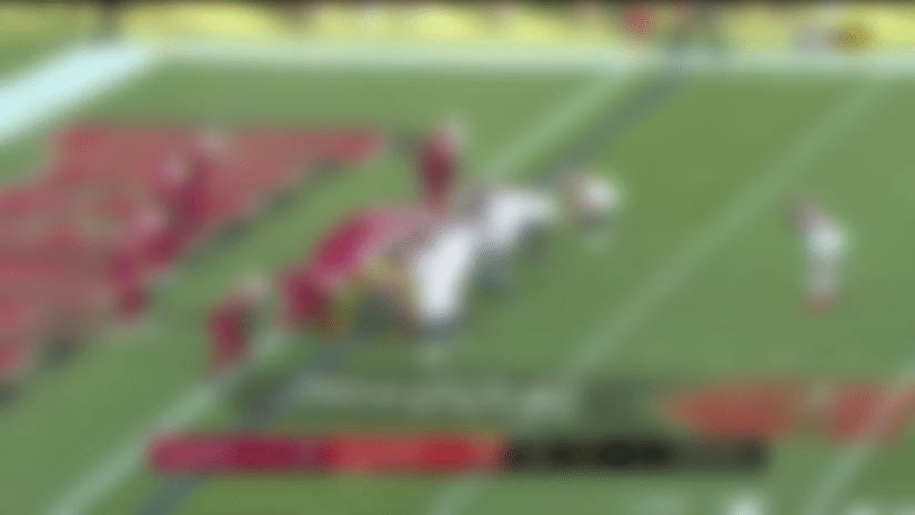 Peyton Barber muscles in for TD to give Bucs a late lead