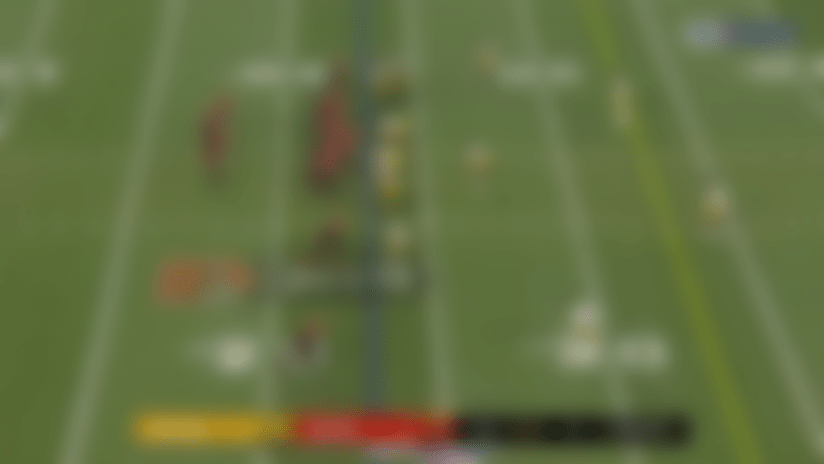 Go deep! Mayfield lofts perfect 41-yard pass to Hodge