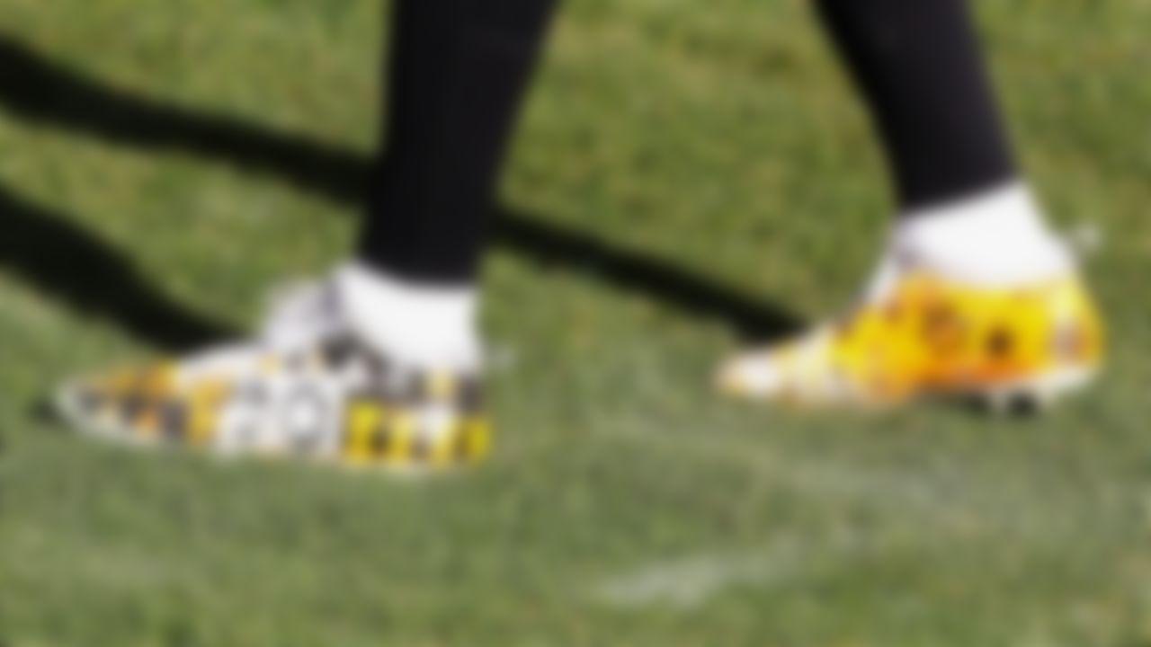 Pittsburgh Steelers outside linebacker T.J. Watt (90) cleats are seen on Sunday, December 27, 2020 in Pittsburgh, Pennsylvania.