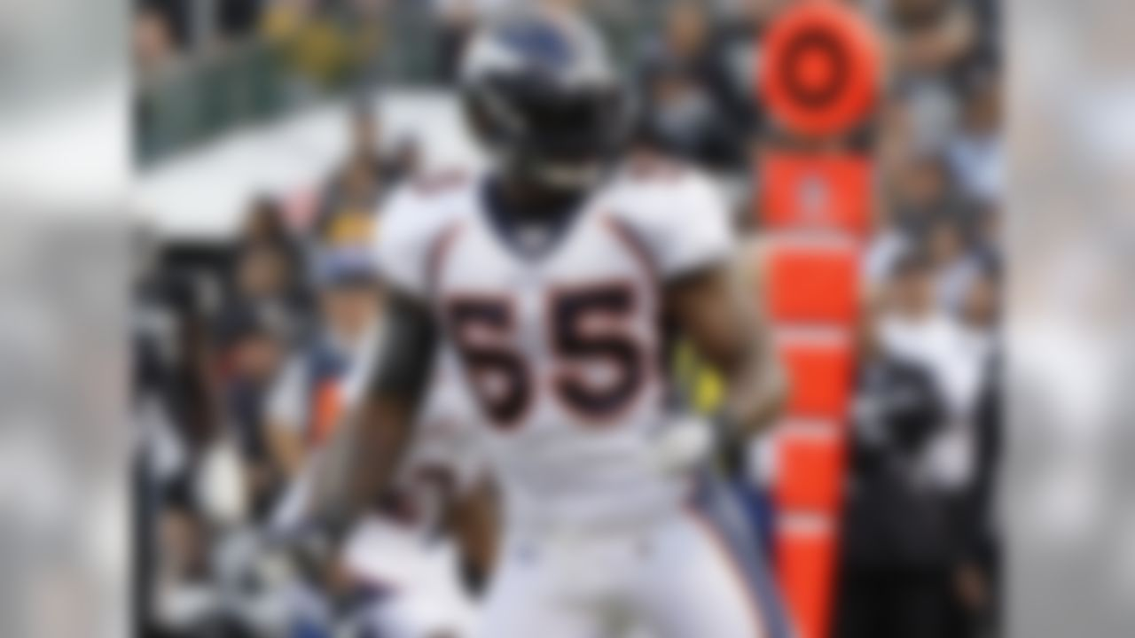 Drafted: Denver Broncos, 2004 (First round, No. 17 overall) NFL accomplishments: Full-time starter in 10 of his 11 NFL seasons. Led AFC in tackles in 2007. The skinny: Williams proved to be a reliable and durable performer. He started from Day One with the Broncos and was one of the top players at his position in his prime years.