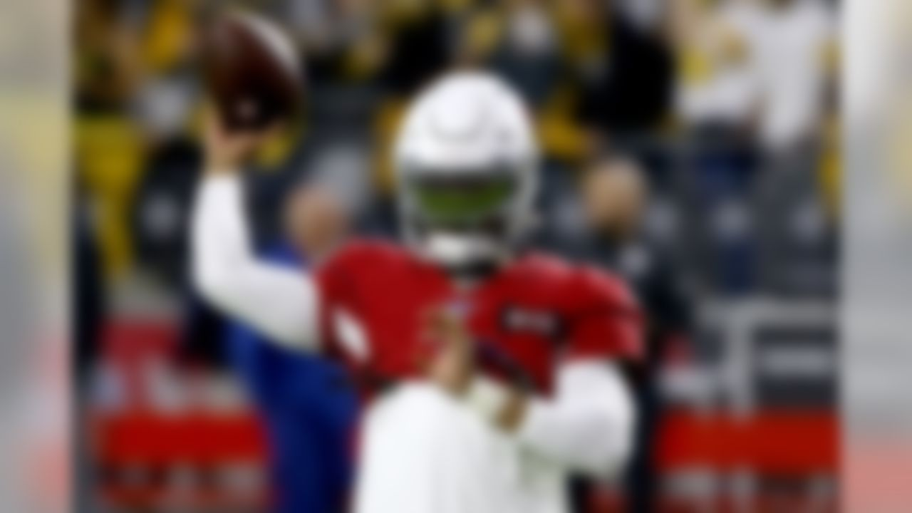 Arizona Cardinals quarterback Kyler Murray warms up prior to an NFL football game against the Pittsburgh Steelers, Sunday, Dec. 8, 2019, in Glendale, Ariz. (AP Photo/Ross D. Franklin)