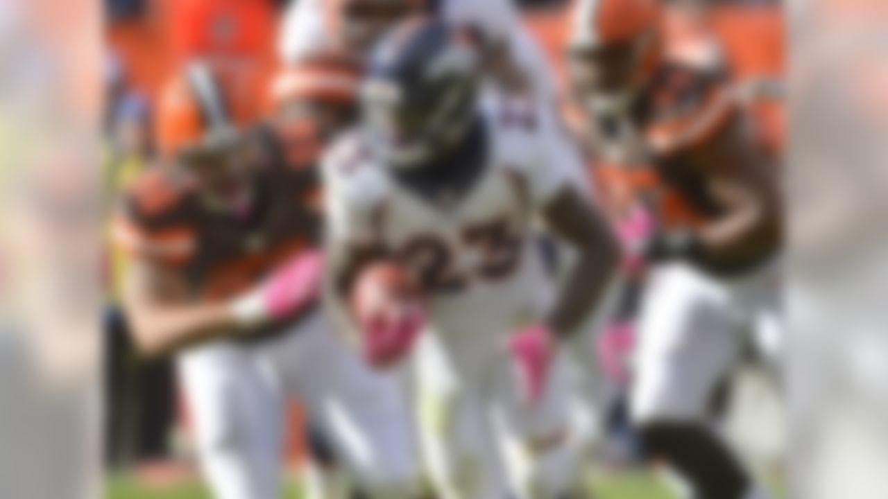 Hillman and C.J. Anderson split the offensive snaps on Sunday right down the middle, 42 to 42, but Hillman turned in the more effective day, rushing for 111 yards on 20 carries. Hillman is owned in almost half of the NFL.com leagues and is heading into his bye week, but I wanted to bring him into this space as a reminder that he's worth a bench stash. We're not buying in completely on Hillman as anything more than a potential flex starter for now (we've seen him flash like this before), but in terms of volume he is starting to pull away in the Denver backfield. FAAB suggestion: 5-10 percent