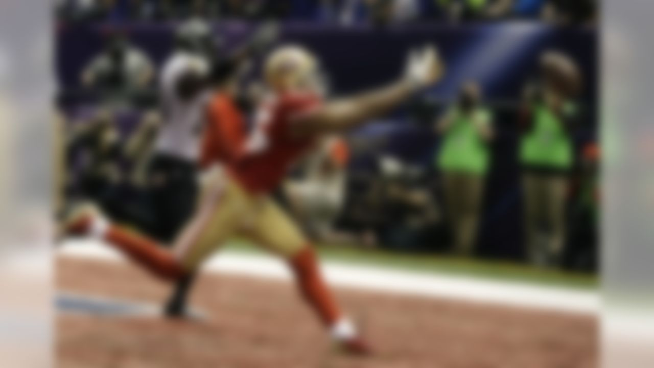 San Francisco 49ers wide receiver Michael Crabtree misses a potential touchdown pass in the final moments of Super Bowl XLVII. (AP Photo/David Goldman)