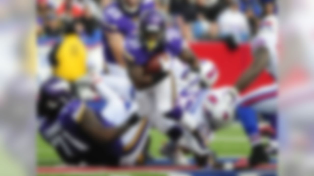 If there was any doubt about it before, there isn't one now ... McKinnon is the Minnesota running back to own in fantasy leagues. He was impressive in Week 7, rushing for 103 yards on 19 carries while also catching two passes in a loss to the Buffalo Bills. Next on the schedule is a game with the Tampa Bay Buccaneers, who field one of the NFL's worst defenses. Go ahead and grab McKinnon now if you're able.