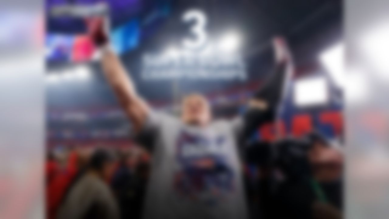 Since being drafted by the Patriots 42nd overall in the 2nd round during the 2010 NFL Draft, Rob Gronkowski has won 3 Super Bowl Championships with the New England Patriots (XLIX, LI, LIII). Gronk is also a 5-time Pro Bowler, and a 4-time First-Team All-Pro selection.