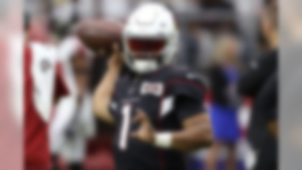 Arizona Cardinals quarterback Kyler Murray (1) warms up prior to an NFL football game against the Atlanta Falcons, Sunday, Oct. 13, 2019, in Glendale, Ariz. (AP Photo/Ross D. Franklin)