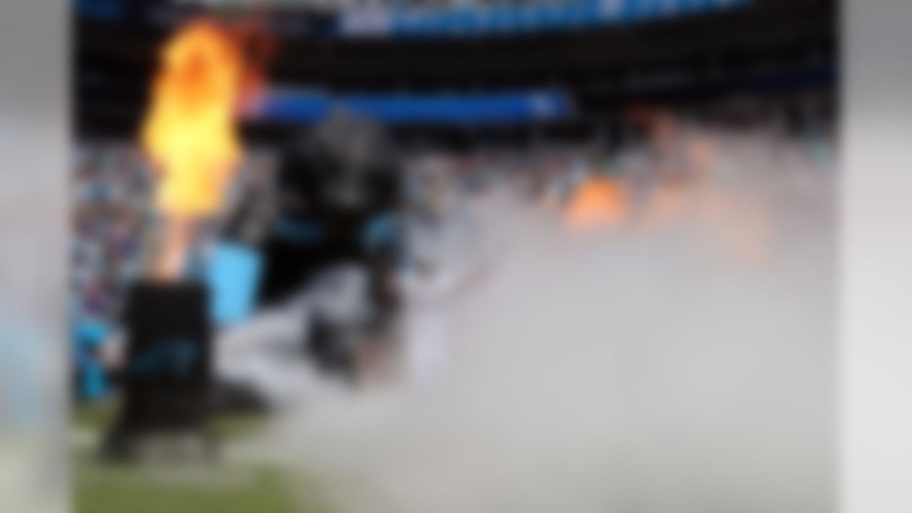 Carolina Panthers outside linebacker Thomas Davis (58) is introduced before an NFL football game against the Minnesota Vikings at Bank of America, Sunday, Sept. 25, 2016 in Charlotte, N.C.  The Vikings defeated the Panthers 22-10. (Perry Knotts/NFL)
