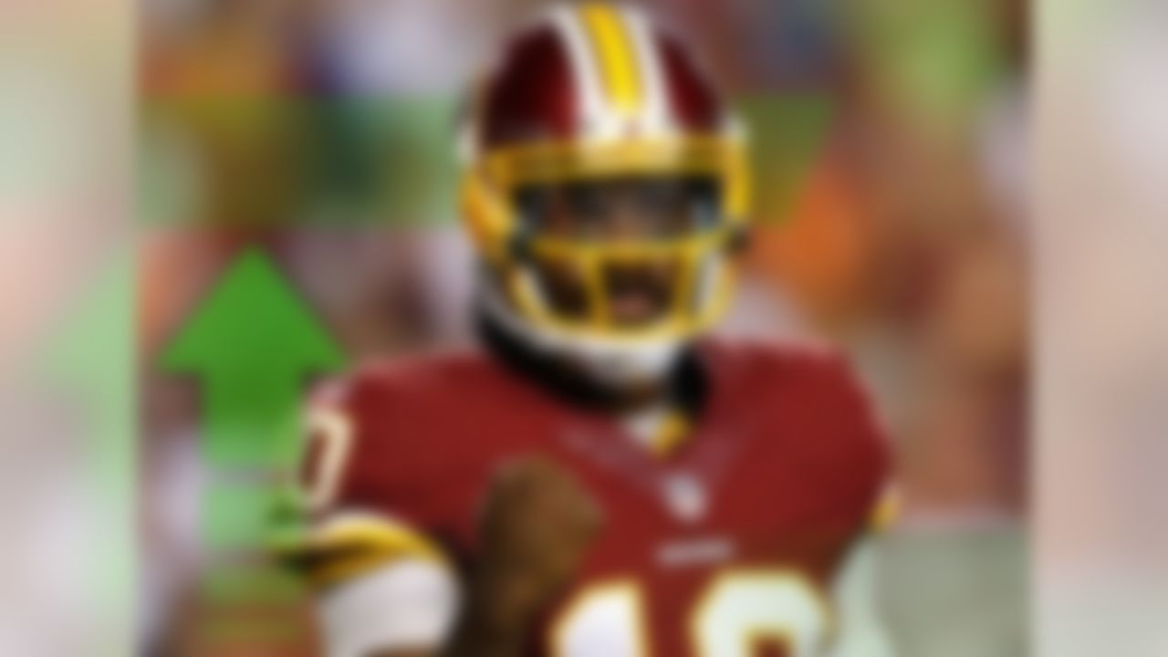 NFL Media Insider Ian Rapoport reported on Thursday that RGIII will start for Washington on Sunday against the Minnesota Vikings. This is perfect timing with the likes of Aaron Rodgers, Matthew Stafford, Matt Ryan and Jay Cutler on their bye week. RGIII could help spark this offense and makes for a nice spot start against the Vikings, even though their defense isn't conceding a ton of points to fantasy quarterbacks.