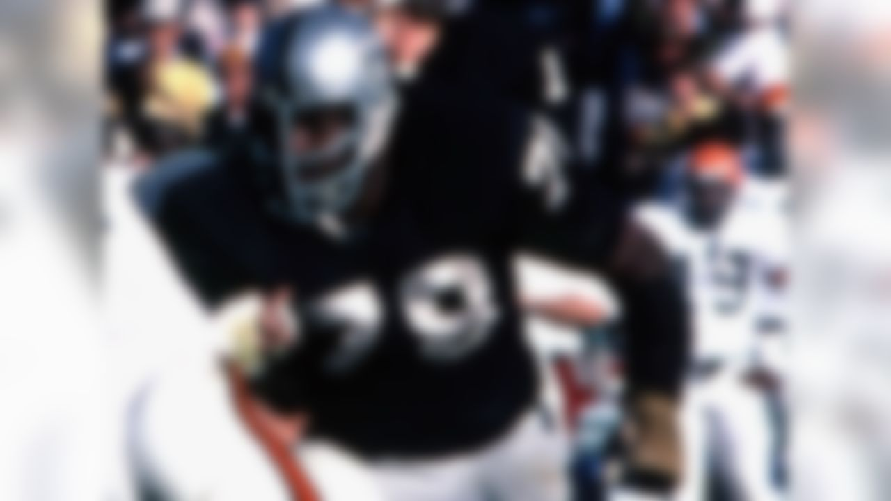 Oakland/Los Angeles Raiders, 1968-1982 » Voted to eight Pro Bowls; First Team All-Pro two times » Two-time Super Bowl champion » Enshrined into the Pro Football Hall of Fame
