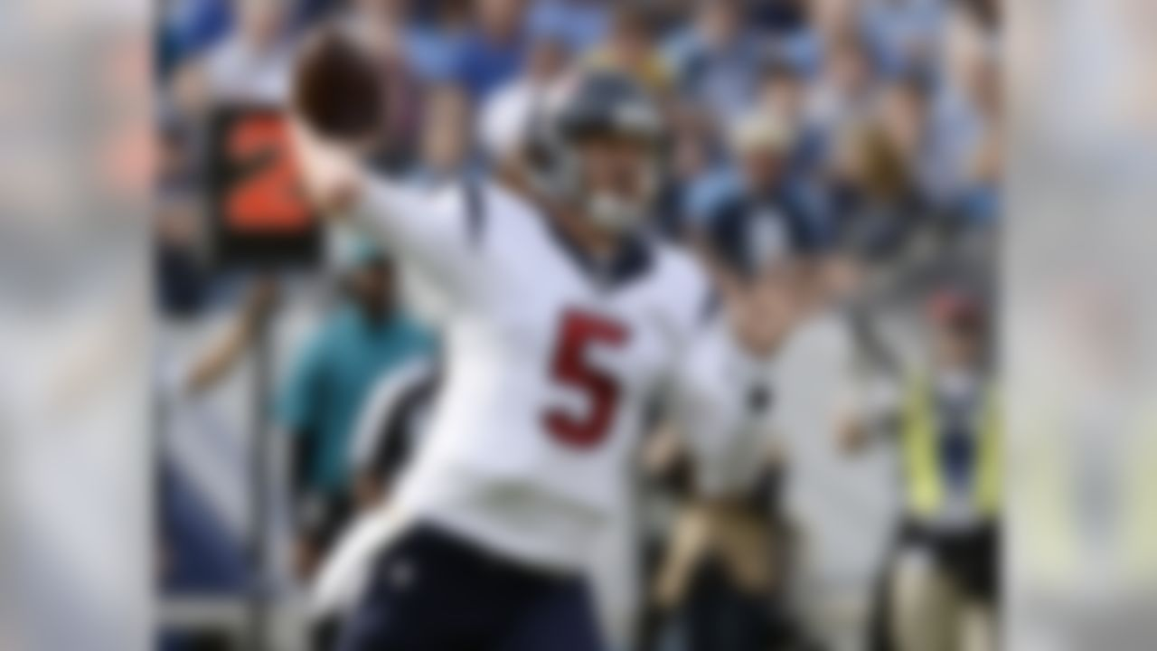 Houston Texans quarterback Brandon Weeden passes against the Tennessee Titans in the first half of an NFL football game Sunday, Dec. 27, 2015, in Nashville, Tenn. (AP Photo/Mark Zaleski)