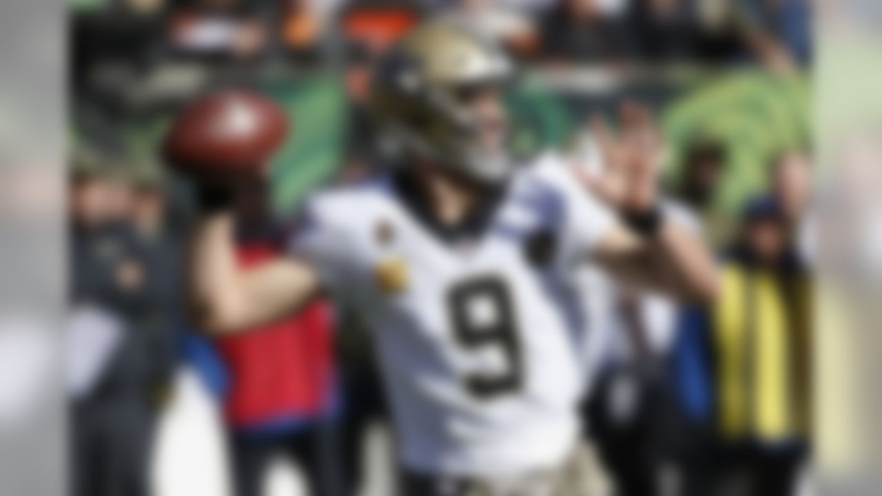 New Orleans Saints quarterback Drew Brees looks to pass in the first half of an NFL football game against the Cincinnati Bengals, Sunday, Nov. 11, 2018, in Cincinnati. (AP Photo/Frank Victores)