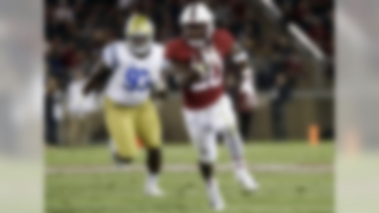 """2017 stats: 73 carries for 787 yards (10.8 average), 5 TDs. Two weeks ago, there was a Battle Royale between Love and another running back on the rise, San Diego State's Rashaad Penny, when the Aztecs faced Stanford. Penny-led SDSU won that game, but Love's overall skill set is putting him in the """"elite"""" category. His blend of size and speed have allowed him to take over for Christian McCaffrey, at least as a rusher (he has just two catches for five yards so far this year). Love has used his top-notch burst and amazing open-field cuts to lead the nation with 196.8 rushing yards per game (Penny is second with 179). He's averaging a ridiculous 10.8 yards per attempt! He's now moved from a young talent with potential to a possible Heisman Trophy finalist."""