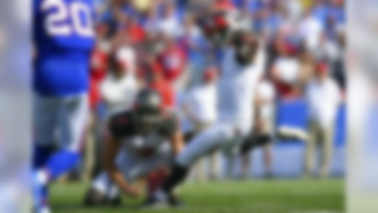 Tampa Bay Buccaneers' Patrick Murray (7) kicks a field goal during the first half of an NFL football game against the Buffalo Bills, Sunday, Oct. 22, 2017, in Orchard Park, N.Y. (AP Photo/Rich Barnes)