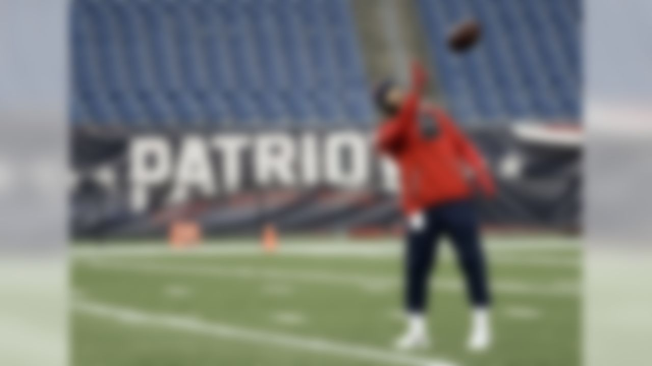 New England Patriots wide receiver Julian Edelman warms up before the AFC championship NFL football game against the Pittsburgh Steelers, Sunday, Jan. 22, 2017, in Foxborough, Mass. (AP Photo/Matt Slocum)