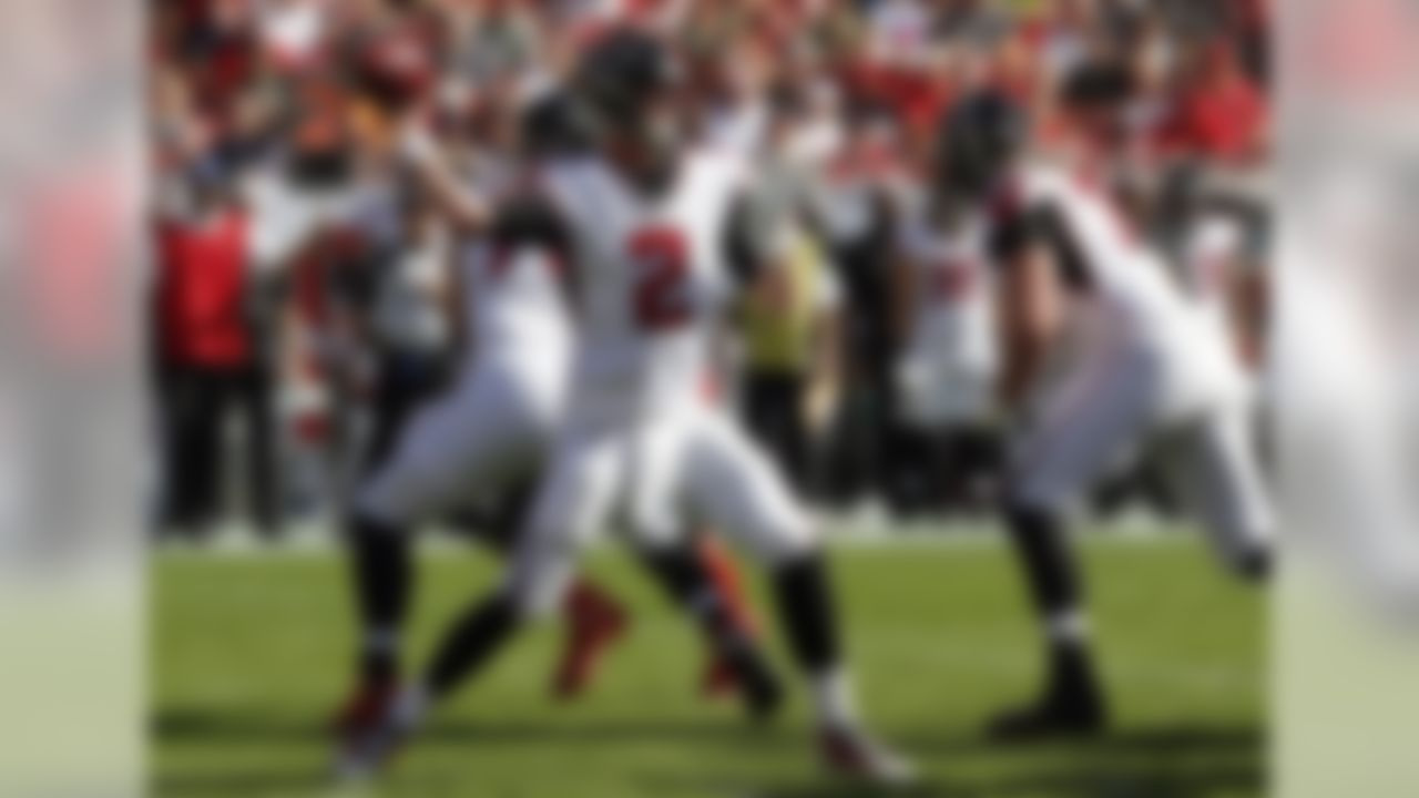Atlanta Falcons quarterback Matt Ryan (2) throws a pass against the Tampa Bay Buccaneers during the first half of an NFL football game Sunday, Dec. 30, 2018, in Tampa, Fla. (AP Photo/Mark LoMoglio)