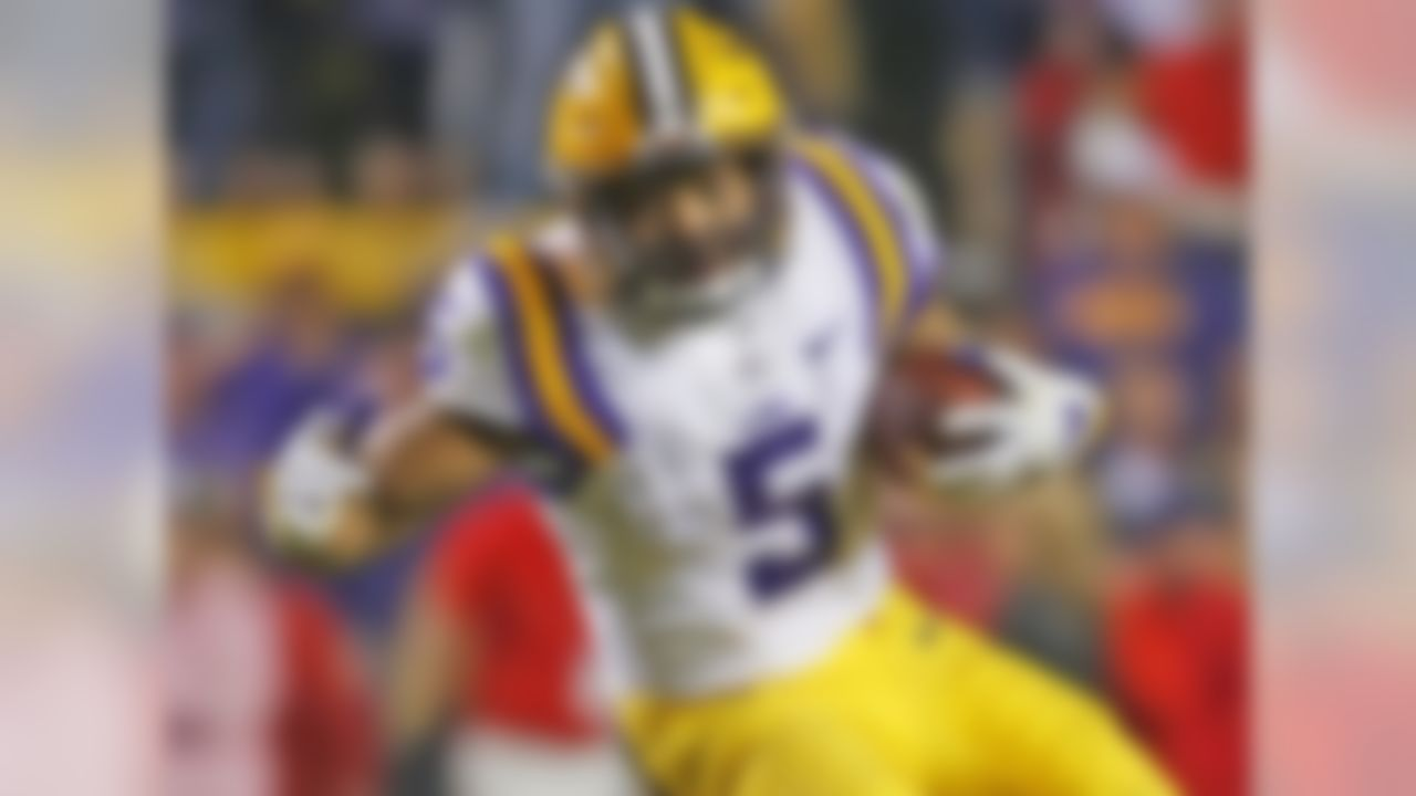 Guice led the SEC in rushing last season, even though he was backing up 2017 No. 4 overall pick Leonard Fournette for much of the year and had 5 or fewer carries in 4 games. He's one of only 4 players in SEC history to have multiple 250-yard rushing games, joining Bo Jackson and Herschel Walker. Guice put his freakish strength on display recently, as his 650-pound squat was captured on video, and he has the speed to blow by defenders, as he showed last season vs. Arkansas. He's an explosive runner who's drawn comparisons to LaDainian Tomlinson and Frank Gore.