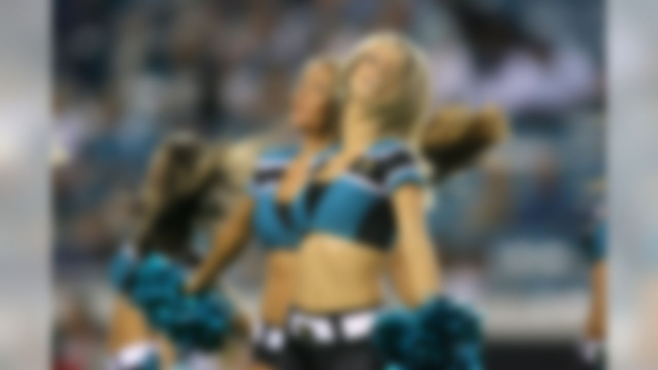 A Jacksonville Jaguars cheerleader performs during a game against the Tennessee Titans at EverBank Field in Jacksonville, Florida. (Perry Knotts/NFL)