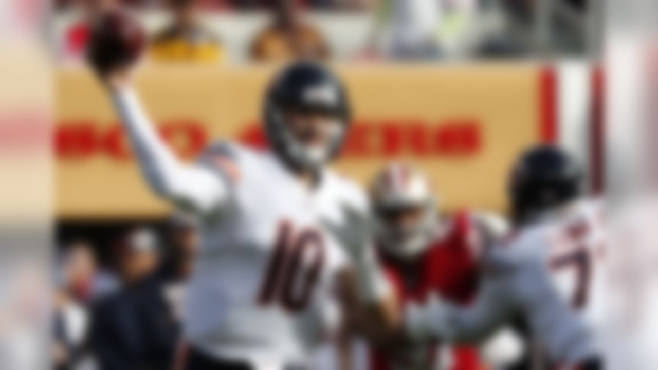 Chicago Bears quarterback Mitchell Trubisky (10) passes against the San Francisco 49ers during the first half of an NFL football game in Santa Clara, Calif., Sunday, Dec. 23, 2018. (AP Photo/Tony Avelar)