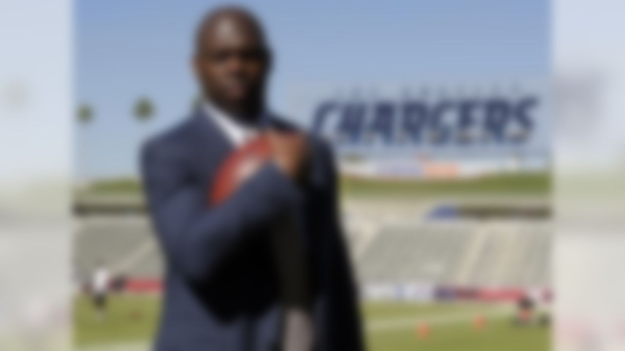 Someone has to be 32nd on the list. Unfortunately, that's Lynn, who has the least amount of experience as both head coach and coordinator. After earning the respect of nearly everyone in Buffalo, Lynn was elevated from running backs coach (and assistant head coach) to offensive coordinator following the departure of Greg Roman last year. While the Chargers are being touted as a sneaky AFC team, Lynn has inherited the most malleable situation of all the new coaches: new city ... new stadium ... toughest division.