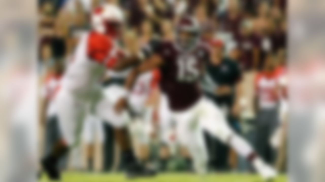 Size: 6-5, 255 Class: Sophomore Buzz: The most dynamic young pass rusher in the SEC broke Jadeveon Clowney's league freshman record for sacks with 11.5, more than double anyone else on the team. His quick first step and upfield explosiveness was a nightmare for opponents from the beginning of the season, and new defensive coordinator John Chavis will put Garrett in a great position for another big season. The next step in Garrett's game will be to hold his own better against the power-rushing SEC teams (read: Alabama, LSU, Arkansas) that negated his quickness with brute strength. If Chavis develops that part of his game, Garrett's immediate future is limitless.