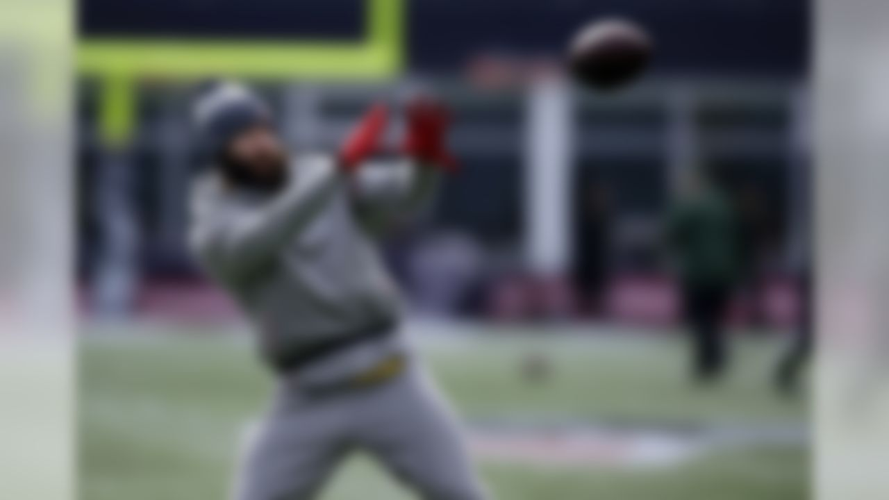 New England Patriots wide receiver Julian Edelman warms up before an NFL football game against the New York Jets, Sunday, Dec. 30, 2018, in Foxborough, Mass. (AP Photo/Charles Krupa)