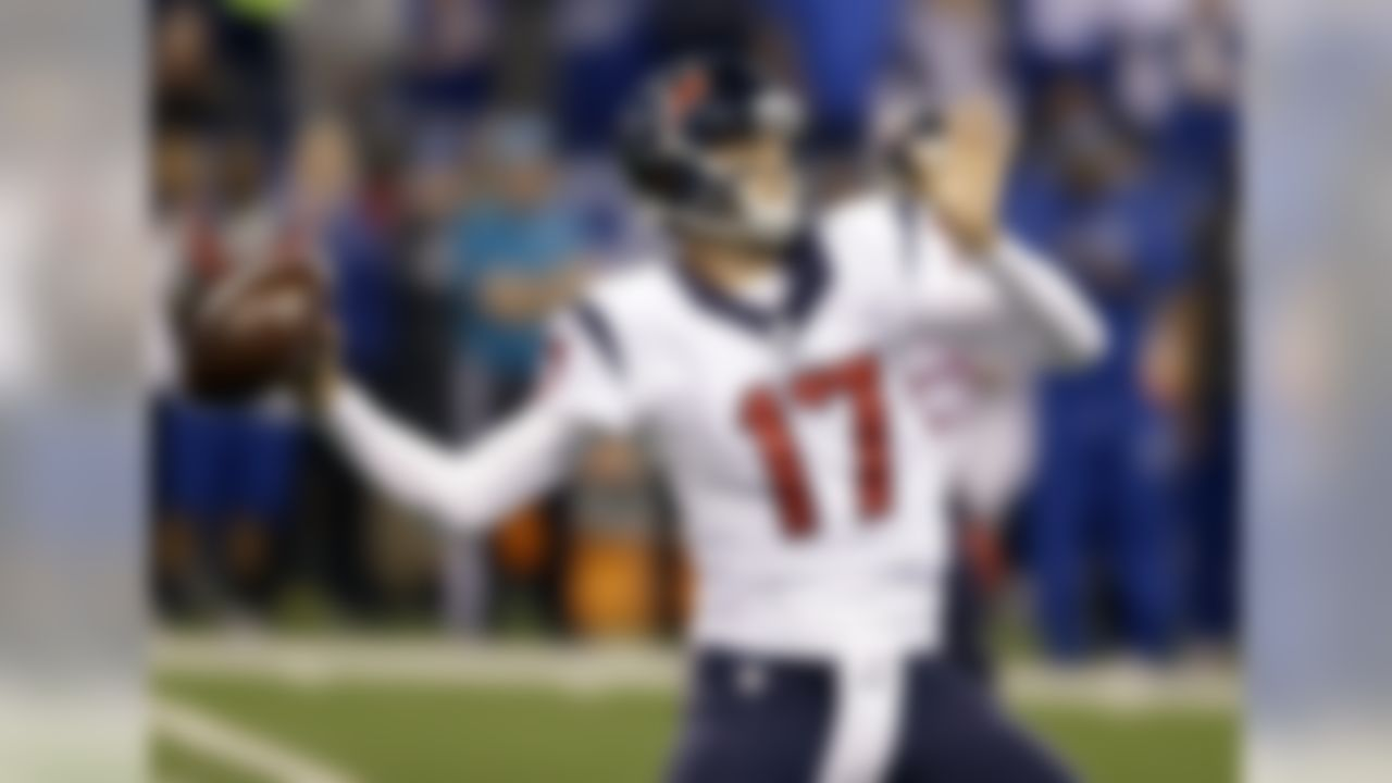 Houston Texans quarterback Brock Osweiler throws during the first half of an NFL football game against the Indianapolis Colts Sunday, Dec. 11, 2016, in Indianapolis. (AP Photo/Michael Conroy)