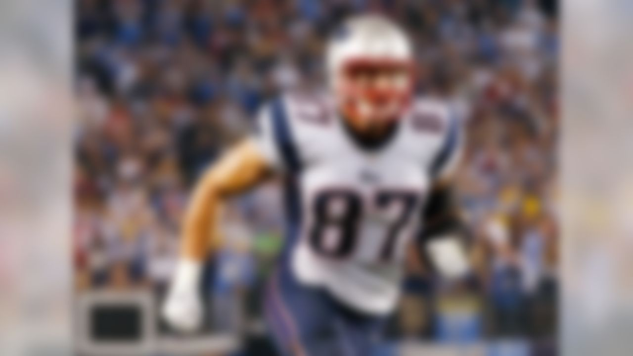 Gronk has scored seven touchdowns in his last seven games, and has crossed the 1,000-yard mark for the second time in his career. He's basically a lock as the top-ranked tight end every week with Jimmy Graham still dealing with nagging injuries. His dominance at his position is why he's ranked No. 1 overall for Week 16.