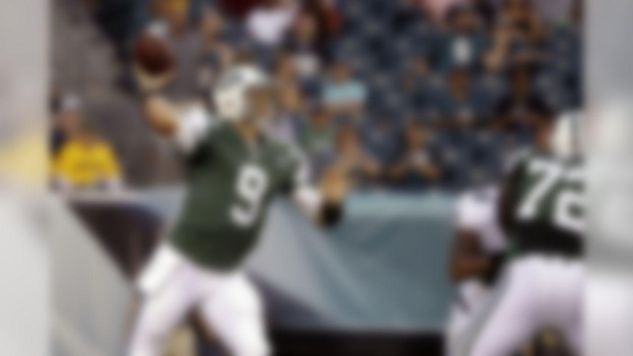 New York Jets' Bryce Petty passes during the first half of a preseason NFL football game against the Philadelphia Eagles, Thursday, Sept. 1, 2016, in Philadelphia. (AP Photo/Matt Rourke)