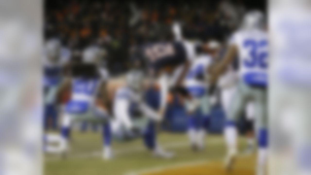 348 passing yards, 4 TDs 16 rushing yards, 1 TD 1 2-PT conversion  (39.52 fantasy points)  (Nam Y. Huh/Associated Press)