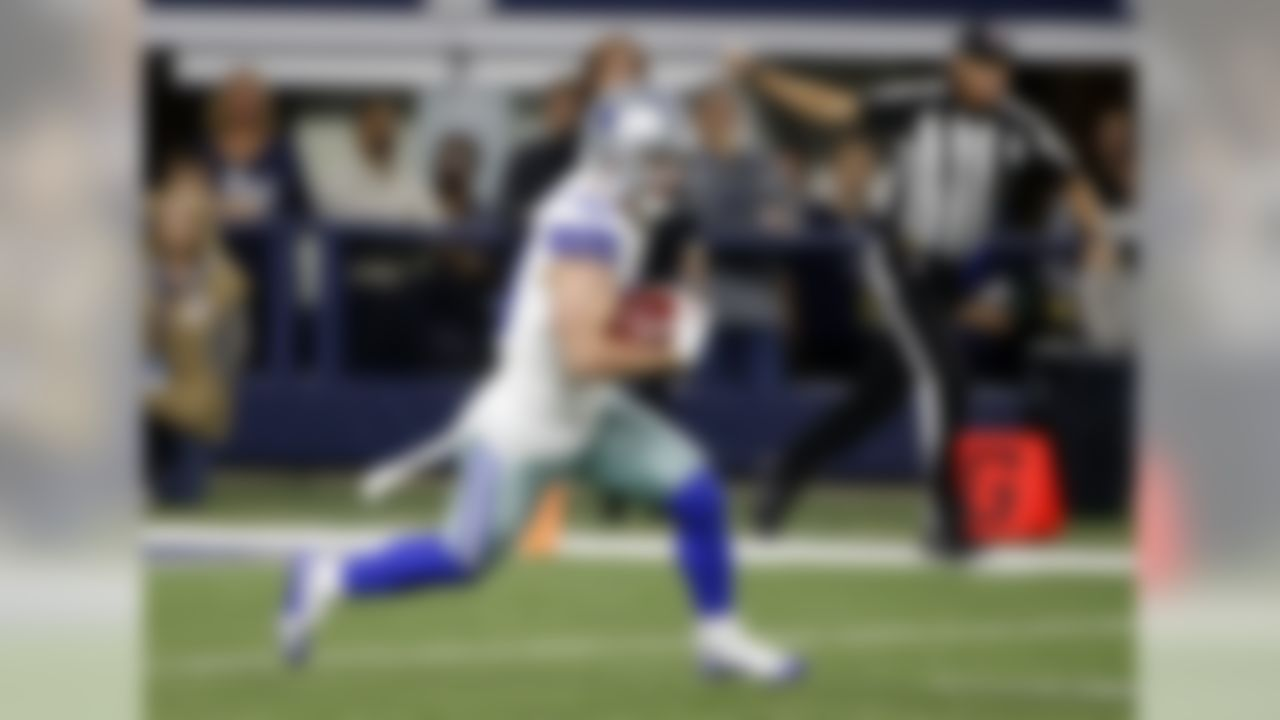 Dallas Cowboys' Ryan Switzer returns a kick off for a long gain against the Philadelphia Eagles in the first half of an NFL football game, Sunday, Nov. 19, 2017, in Arlington, Texas. (AP Photo/Michael Ainsworth)