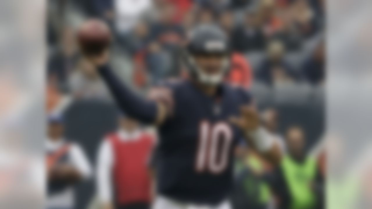 Chicago Bears quarterback Mitchell Trubisky (10) throws during the first half of an NFL football game against the Tampa Bay Buccaneers Sunday, Sept. 30, 2018, in Chicago. (AP Photo/Nam Y. Huh)