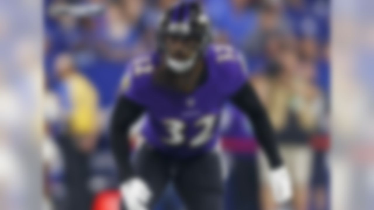 In 2018,  Weddle allowed the fewest yards per target (3.6) in coverage among safeties in the NFL (with a min. of 20 targets, per PFF). His elite play as a safety yielded 68 tackles for the Ravens, and earned him a bid to the 2019 Pro Bowl, the sixth selection of his career. Weddle joined the Los Angeles Rams in the offseason, adding his veteran presence in an already formidable backfield.