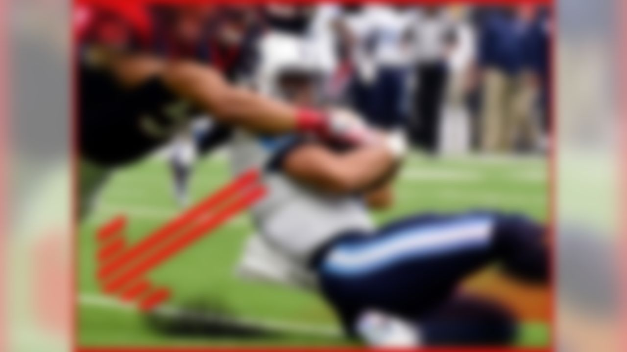 For the crime of Marcus Mariota being faster than his hamstrings, we, the football watching public may be sentenced to a Sunday of watching Matt Cassel pilot the Titans' Exotic Smashmouth offense. That is, unless Mariota can make an incredible recovery before Sunday. As of yet, he's doing nothing more than stationary throwing ... which could work if the Miami Dolphins promise to count 10 Mississippis before rushing the passer.