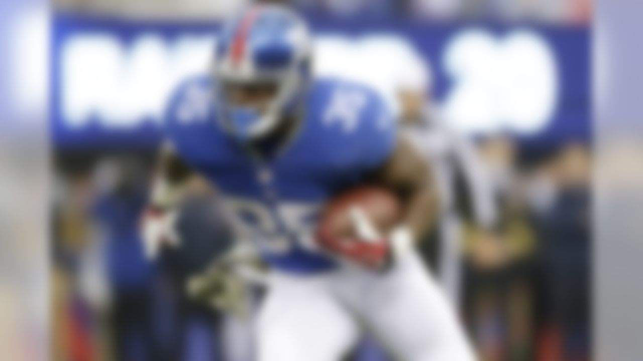 Brown has been listed as a waiver-wire pickup in this space for weeks, but he's still a free agent in over 60 percent of NFL.com leagues. I'm guessing that number will shrink after he rushed for 115 yards with one touchdown and scored 17.90 fantasy points in a win over the Oakland Raiders. Brown is the clear-cut No. 1 running back for Big Blue and could become a fantasy hero down the stretch.