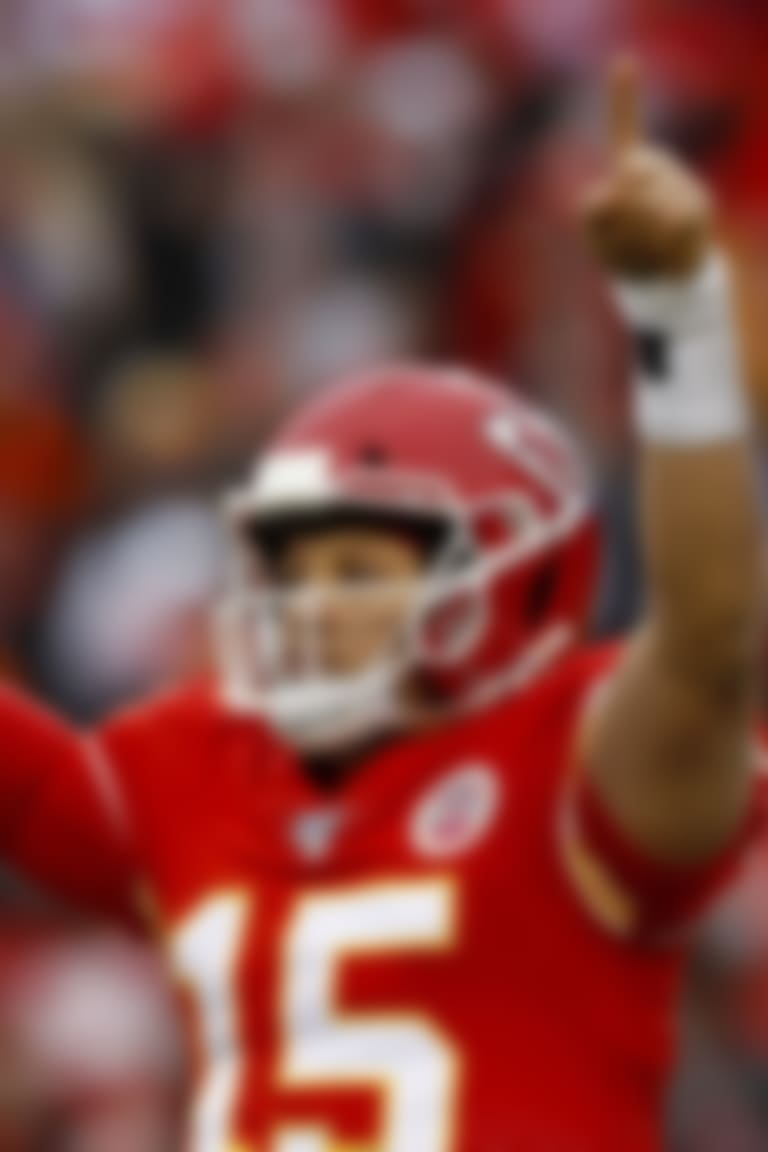 Reactions to Mahomes' extension