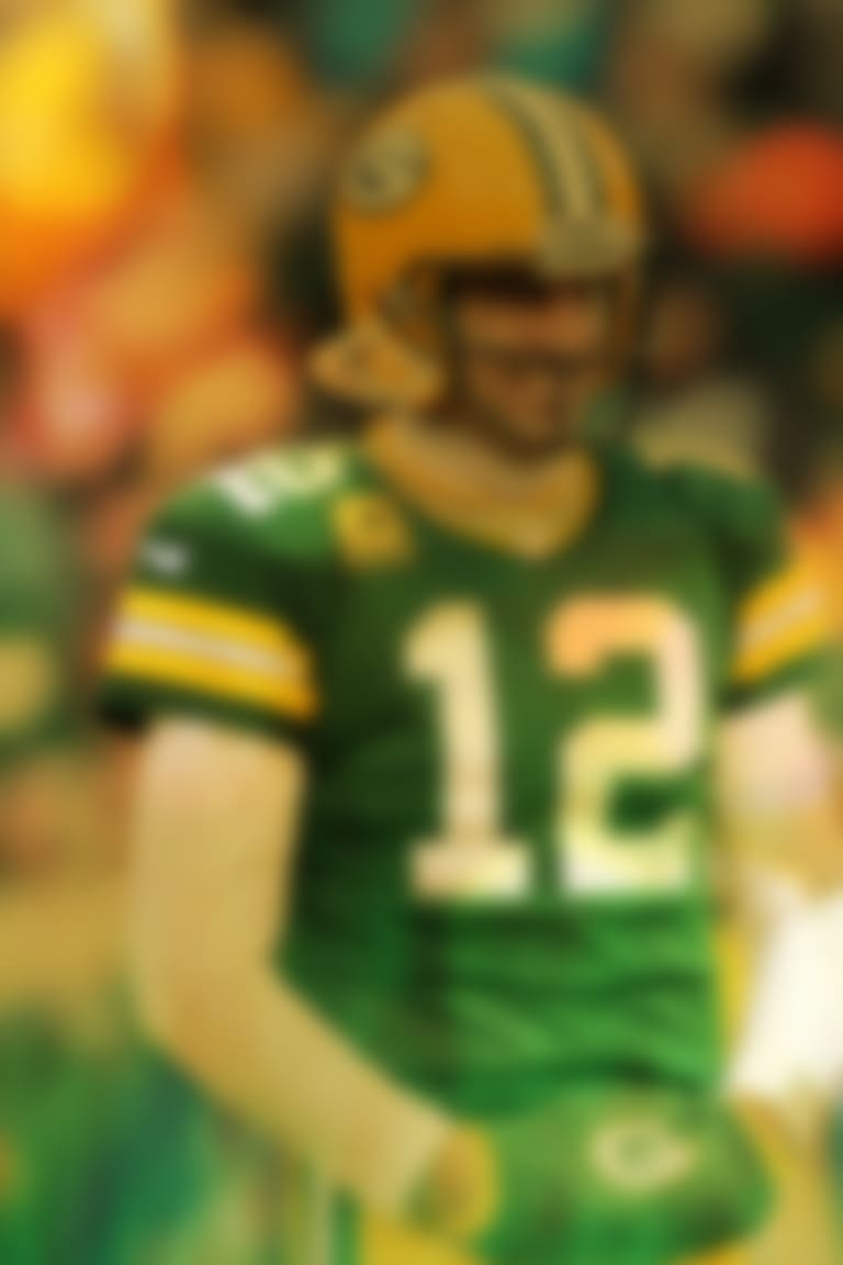 Toast-of-Titletown-Sidelines-Hero-E