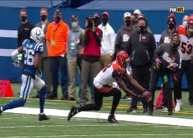 A.J. Green reels in impressive toe-drag catch for 11-yard pickup