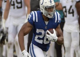 Jonathan Taylor shows his speed with 18-yard rumble